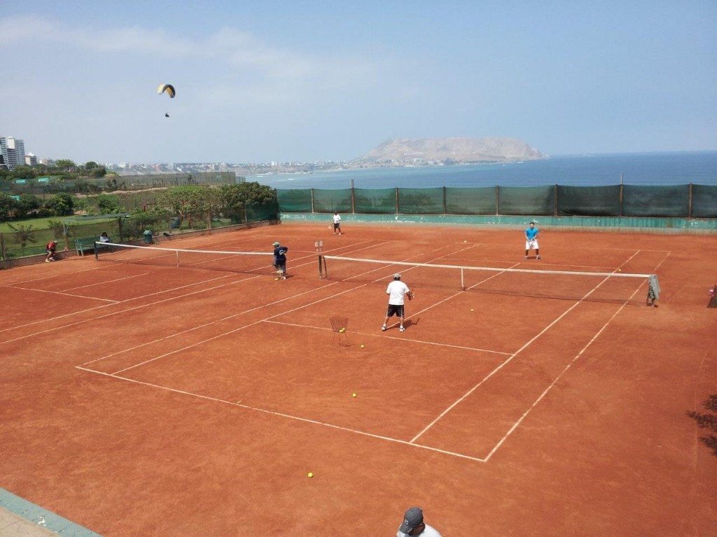 Tennis Court, Lima