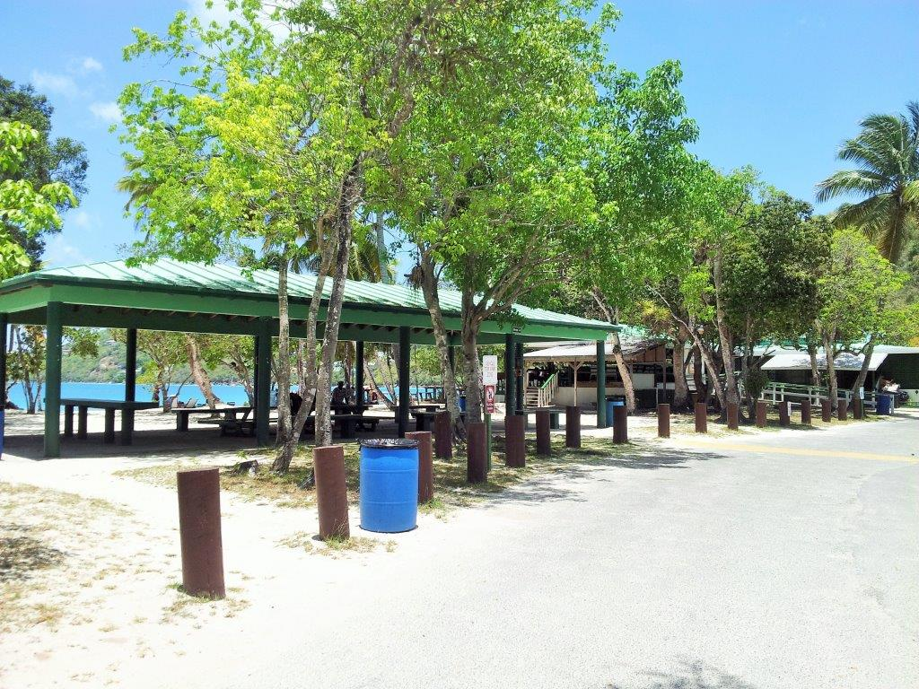 Magen's Bay restaurant